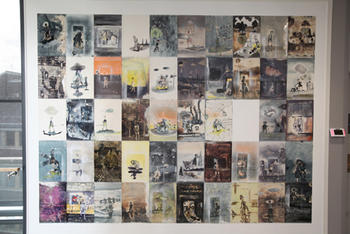 The brain Kitchen: Kunsverk av Paul Onditi. Til venstre opprinnelig installasjon, til høyre dagens installasjon. De hvite feltene indikerer bilder som er under arbeid. FOTO: RUHNE NILSSEN og THOR BJØRN OMNES.