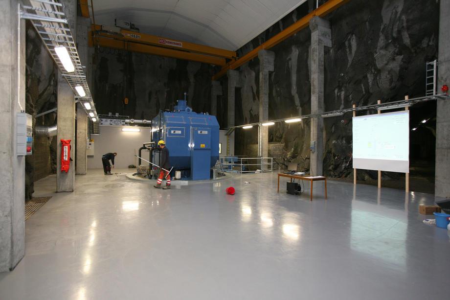 Maskinsalen i Grunnåi i 2006